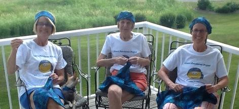 Lisa's sisters and Mom sew Fundanas